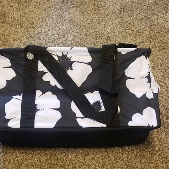 thirty-one Handbags - Medium Utility Tote